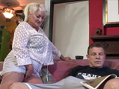 Rough sex with the horny mature blonde..