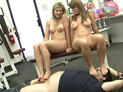 Blondes playing in foot fetish threesome
