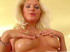 Filthy blond is enjoying her time in a..