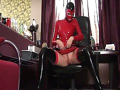 Solo video with beauty Peaches in latex