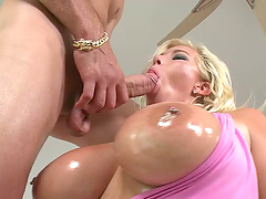 Mouthwatering Gieselle Tayler Gets..