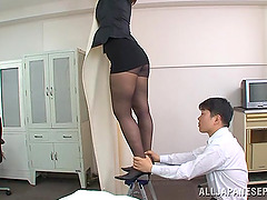 Japanese Secretary in Pantyhose Orally..