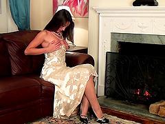 Amazing Lorena G masturbates after a..