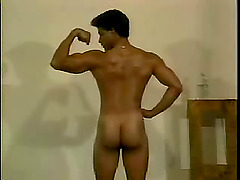 Indian gay shows his well-rounded butt..
