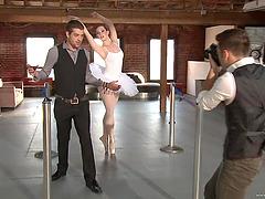 Slutty dancer Alyssa Branch gets her..