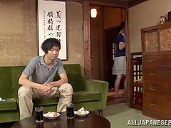Japanese mom Yuuri Saejima shows her..
