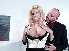 Jessica Nyx is fucked sill by her..
