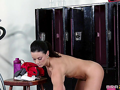 Kendra Lust gives head to Ramon and..