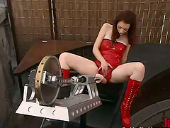 Justine Joli gets her vag drilled by a..