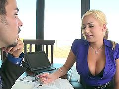 Mariah Madysinn lets a guy play with..