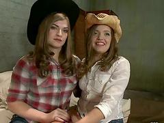 Cowgirl Ashlynn Leigh Getting Pussy..