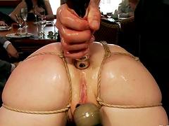 Lewd milf Bella Rossi gets her ass..