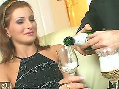 Electra Angel Fucks a Bottle while..