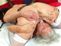 Milf and granny 69 in lesbian scene