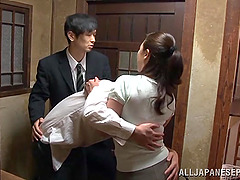Sexy Japanese Babe Gets Her Ass Licked