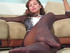 Gorgeous Heather Vandeven pantyhose..