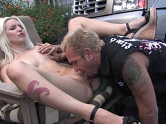 Stevie Shae outdoor sex with a good..