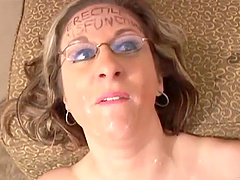 Divine MILF Kitty Lee with big natural..