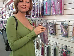 Gorgeous babe masturbates in a public..