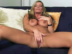 Kristal Summers cumshot in mouth
