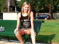 Plump teen pussy lips flashed in public