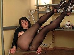 Lovely body on beauty modeling pantyhose