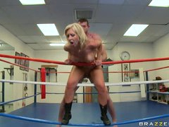 Boxing babe boned in ring