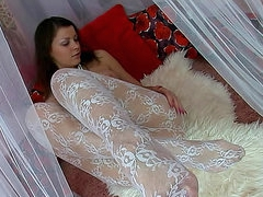 Teen in white pantyhose must masturbate