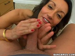 Sexy natural knockers on blowjob milf