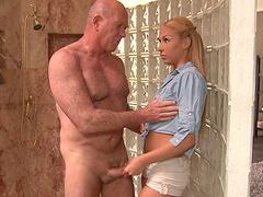 Fucktastic blonde babe Carmen Caliente..