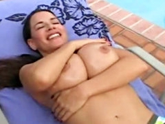 Big wet bouncing tits outdoors