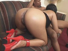 Chubby black girl in high heels hotel..