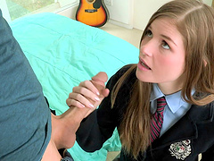 Slutty college girl Lara Brookes gets..