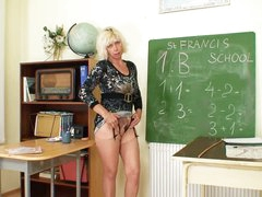 Teacher plays with sexy pussy