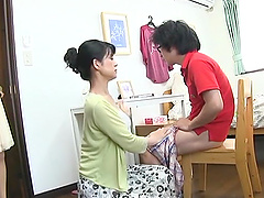 Japanese mom seduces a guy and gives..