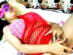 Amateur fat Indian Savita poses naked
