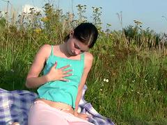 Sexy Brunette Teen Fingering Her..
