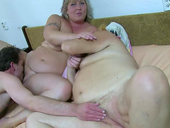 Fat bbw granny have sex with chubby..