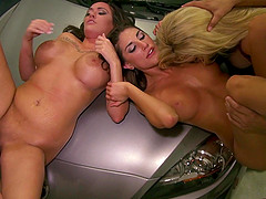 August Ames & Moxxy Minx blow and get..