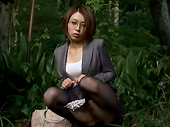 Japanese teacher gets her pussy licked..