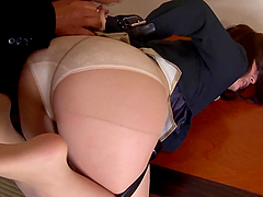 Office girl Ickika Kuroki gets..