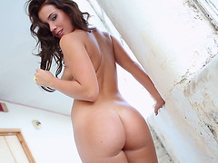 Curvy Babe with an Amazing, Nice Ass..