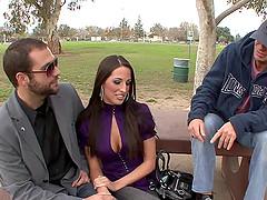 Kortney Kane'sbig fake tits bounce as..