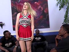 Slutty cheerleader Summer gets her..