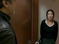 Frisky asian mature housewife gets..
