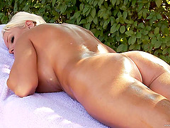 Captivating blonde cougar moaning as..