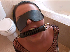 Sophie Dee receives a hot creampie..