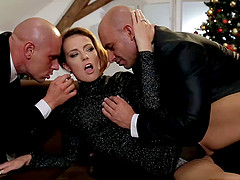 Samantha Joons gets her pussy and ass..