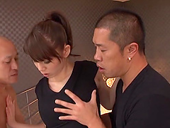 Talented stunner Maki Koizumi makes a..