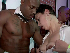 Short-haired milf gets face-fucked in..